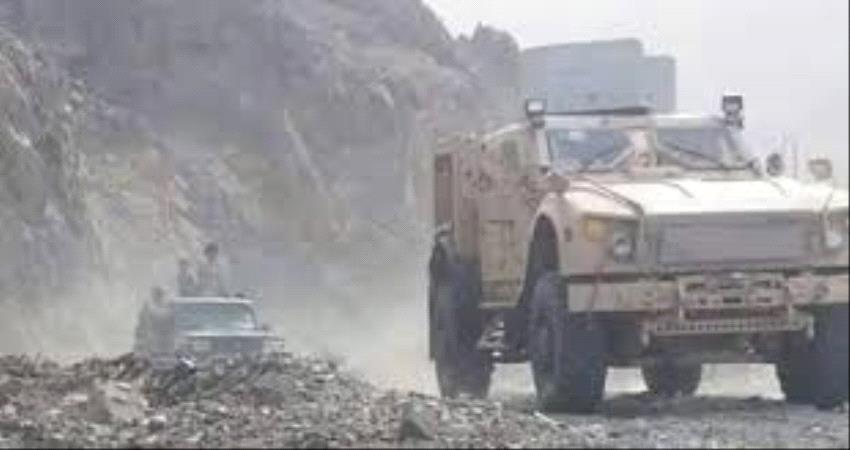 قصف مدفعي مكثف على مواقع وتجمعات #الحـوثيين في قعطبة