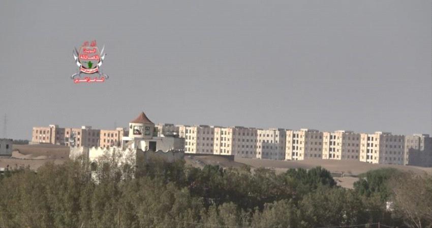 حوثيون يطلقون وابلا من النيران على مواقع العمالقة
